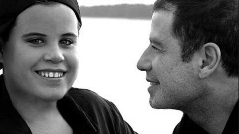 John-Travolta e hijo