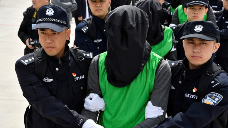 chino violador de niñas
