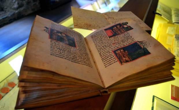 leyenda mayor templum libri