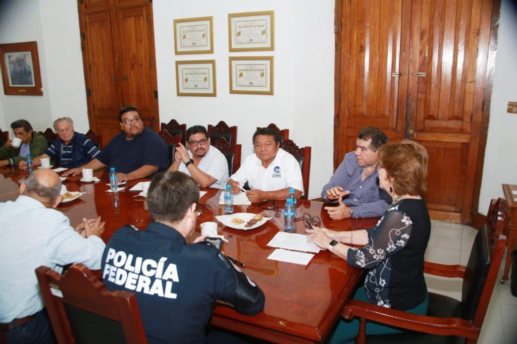 Diálogo respetuoso y constructivo del Gobierno del Estado con transportistas