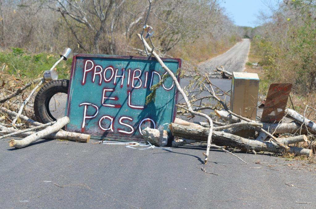 Habitantes de Holactun bloquean el acceso a la comisaría por protección