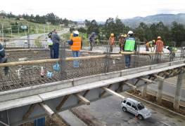Puente carrozable en Ayancay avanza a buen ritmo