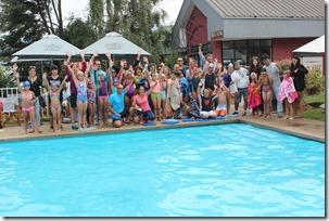 Niños de Pucón aprendieron a nadar este verano 2015