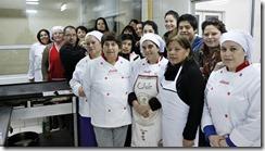 FOTO mujeres de pucón se perfeccionan en cocina 1