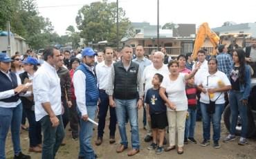 Atiende Chucho Nader Colonias Abandonadas Por Años