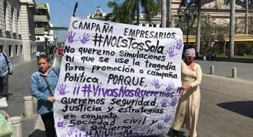 Acusan activistas a los empresarios de colgarse de campaña #NiUnaMás