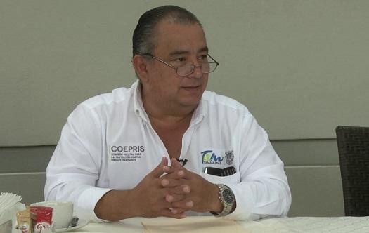 Detectan a falsos médicos; Coepris cierra consultorios