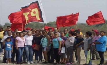 """Vecinos de colonia """"EL CHIPUS"""" ofrecen apoyar a ELENA CUERVO"""