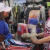 Escucha Rosa González a Oferentes del Rodante «Parque Méndez»; le Piden Seguridad y Más Oportunidades de Empleo