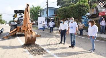 Inicia Chucho Nader Otra Obra de Pavimentación en la Zona Norte
