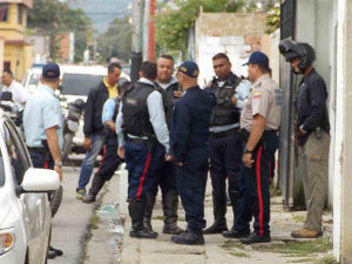 abatidos-3-ex-gn-y-un-ex-policia-mientras-asaltaban-en-una-vivienda-3