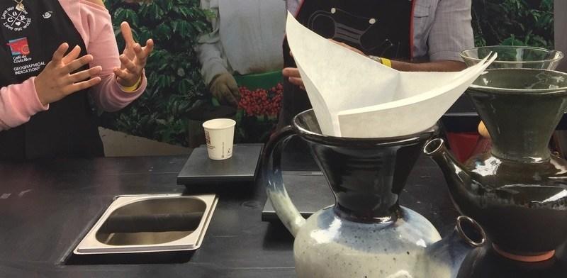 Vandola: utensilio costarricense para preparar café