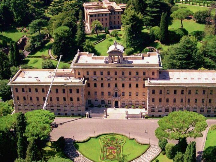Vaticano: código normativo para contratos públicos y administración de recursos