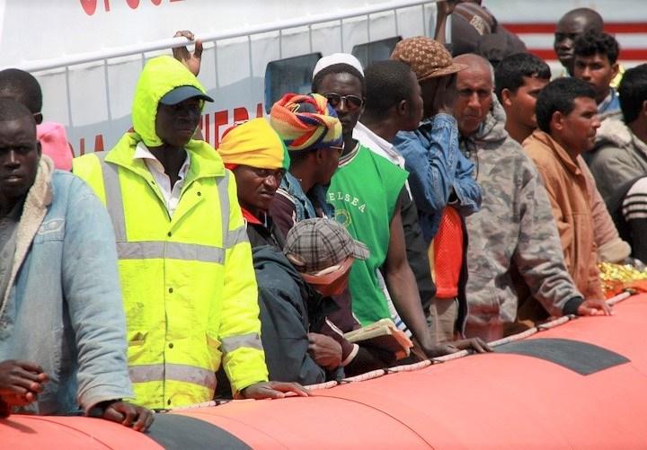 Trabajadores cristianos de Canarias exigen al Gobierno una política más solidaria con los migrantes