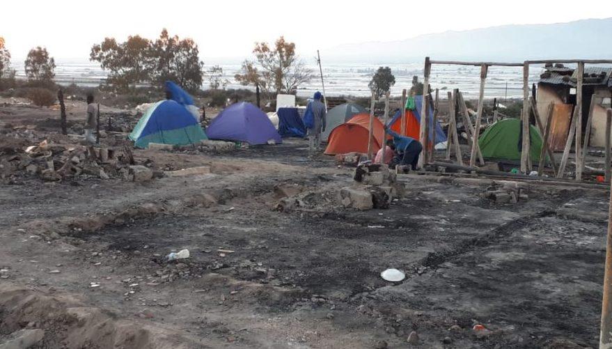 """Colectivos cristianos denuncian """"la desolación"""", semanas después del incendio en un asentamiento en Almería"""