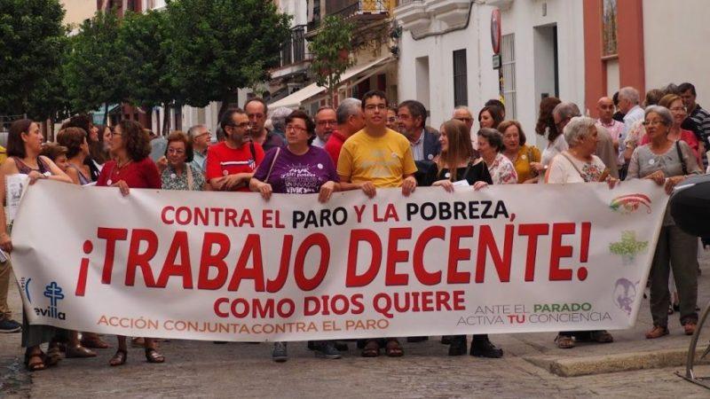 La mesa de diálogo social que aborda la reforma laboral se reúne en un clima creciente de desencuentro