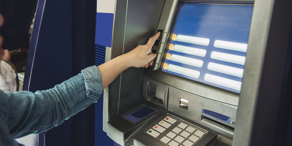 Por un servicio bancario público