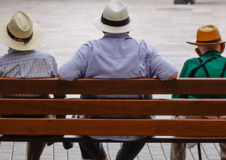 """El ministro de Seguridad Social se queda solo en su idea de ajustar las pensiones de los """"baby boomers"""""""