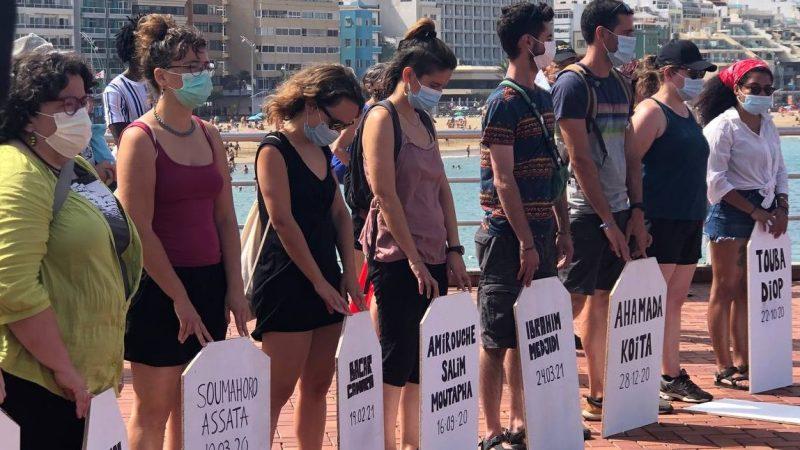 """Que Canarias deje de ser """"tumba y cárcel"""" para las personas migrantes"""