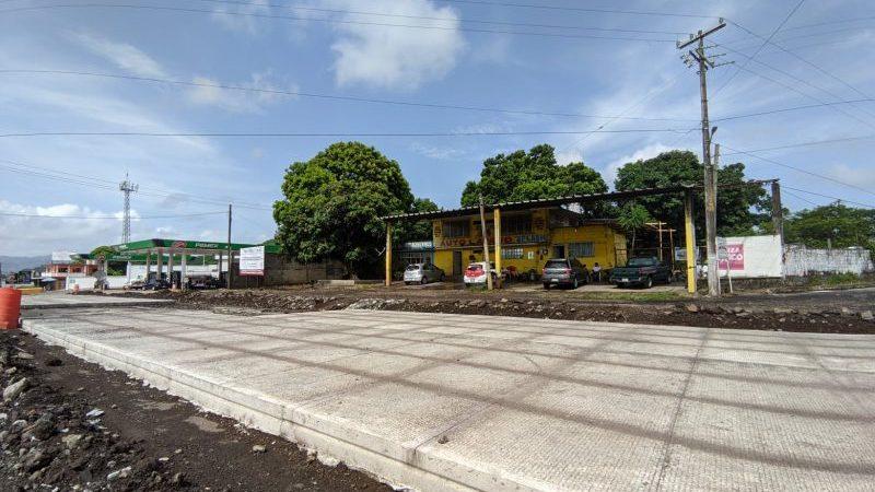 Obra de pavimentación del boulevard de Catemaco ya es una realidad
