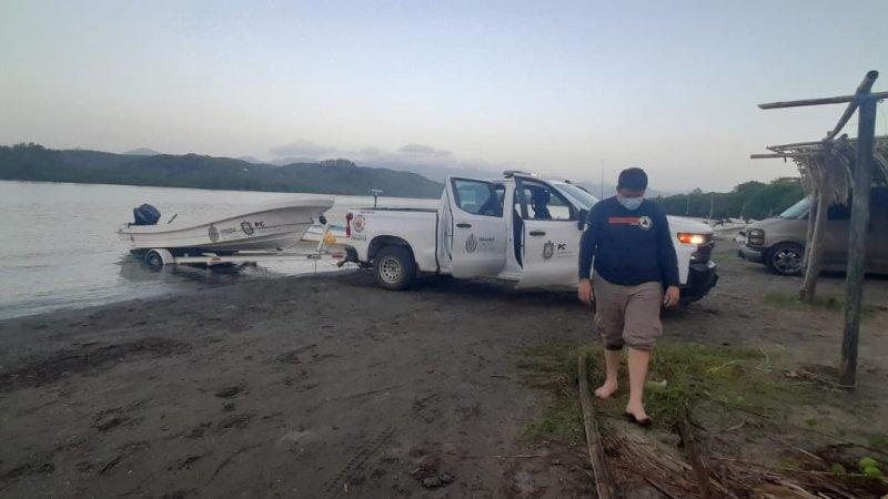 Activan operativo de búsqueda de hombre desaparecido en Playa Jicacal de Catemaco