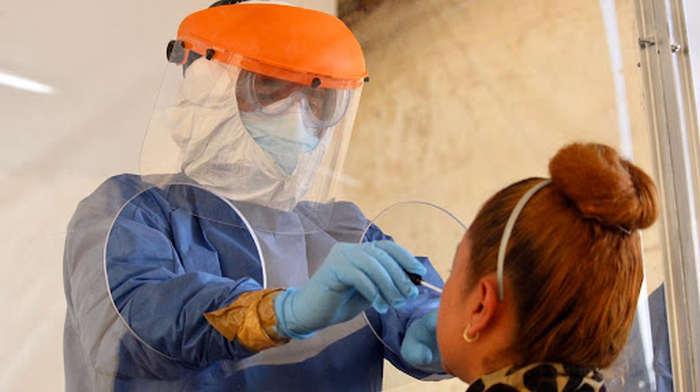 Variante delta de COVID puede ser tan contagiosa como la varicela, asegura estudio