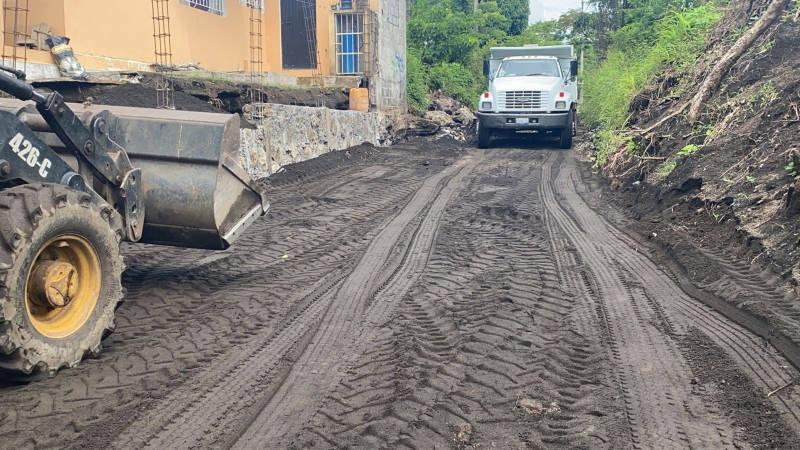 Rehabilitan la calle Abasolo, de Catemaco