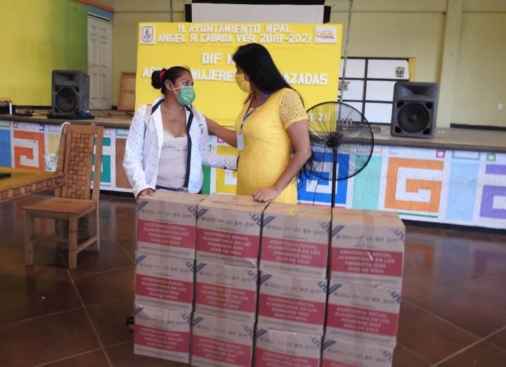 Entregó DIF Cabada programa en beneficio de futuras madres