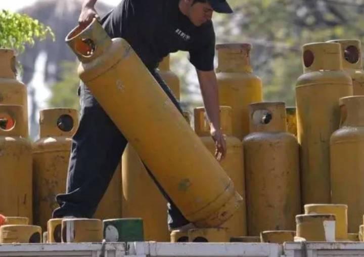 Inflación imparable en México; suben gas, electricidad y servicios turísticos