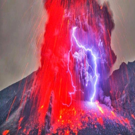 Relampago-vulcanico