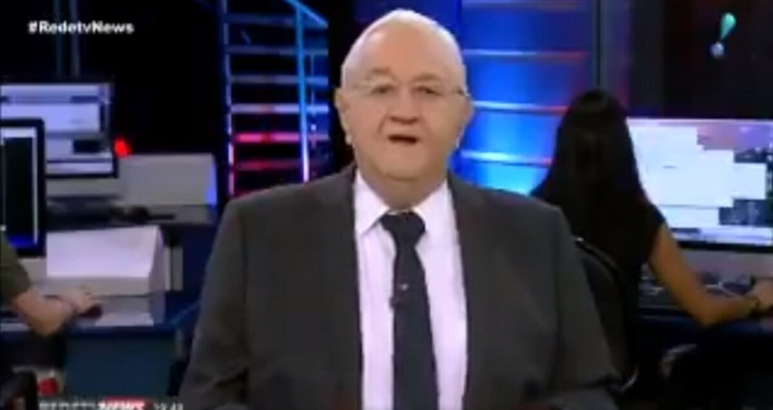 Jornalista abandona emissora ao vivo, esnoba colega e paga mico