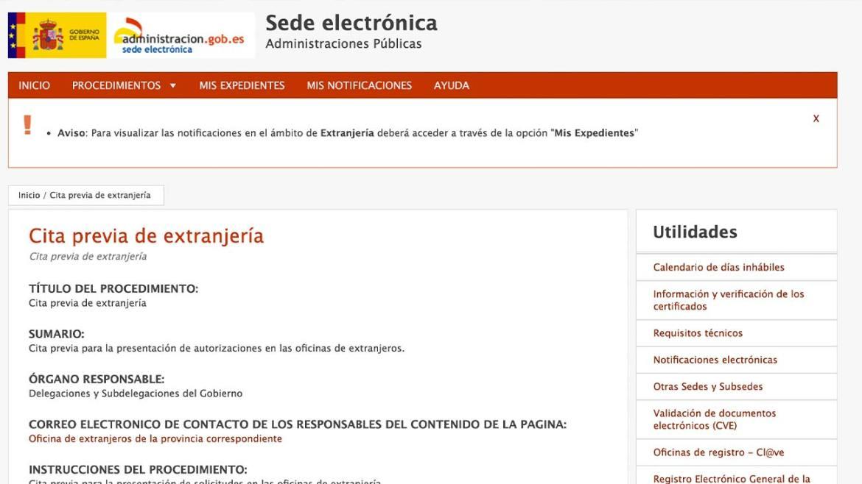 Pagar hasta 200 euros por una cita previa en Extranjeria: esta es la estafa para renovar TIE