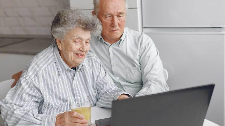 Se puede cobrar la pensión de viudedad y jubilación al mismo tiempo