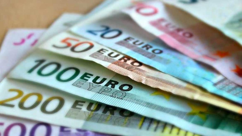 sueldo mínimo de 3700 euros al mes