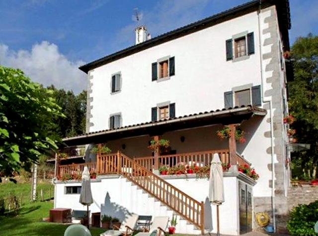 Hotel Rural Irigoienea, en Urdax, Navarra