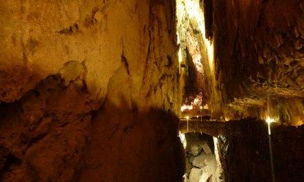 Dos nuevas exposiciones en la Cueva de Valporquero
