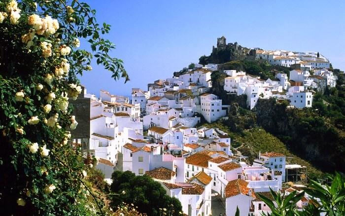 Gran descenso del turismo rural de Málaga en octubre