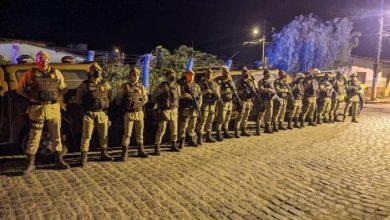 Photo of Vídeo: Polícia militar fiscaliza toque de recolher em Barra do Choça; assista