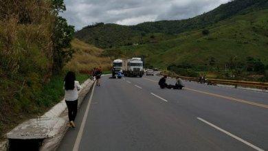 Photo of Três pessoas ficam feridas em acidente na Serra do Marçal