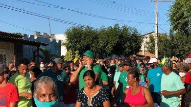 Photo of Campanhas começam com aglomerações em cidades baianas