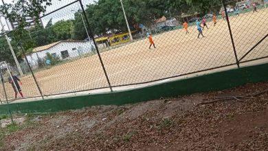 Photo of Conquista: Polícia encerra jogo em campo de futebol na Olívia Flores