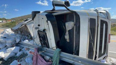 Photo of Duas pessoas morrem após graves acidentes na BR-116 neste sábado