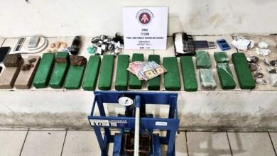 Photo of Conquista: Dois homens são presos com grande quantidade de drogas em casa no bairro Candeias