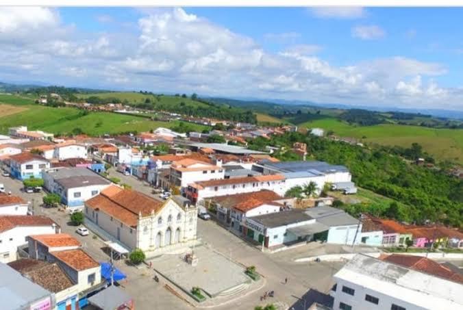 Photo of Bahia: Homem nega socorro à esposa em trabalho de parto alegando que mal-estar era 'obra do Senhor'; mulher e bebê morreram