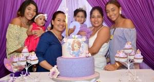 celebran-en-villa-riva-cumpleaños-dashly-marie