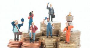 Gobierno discutirá tema salarial con empresarios