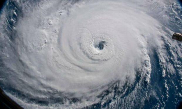 Autoridades NY toman medidas ante llegada tormenta Isaías_ dominicanos en alerta