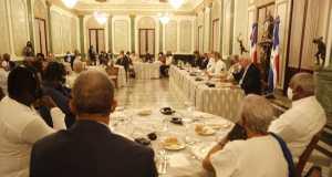 presidente-abinader-ofrece-almuerzo-a-periodistas-haitianos