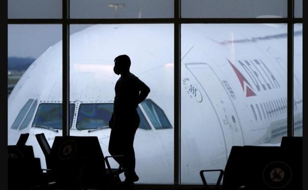 Al menos 100 vuelos han sido cancelados por Delta