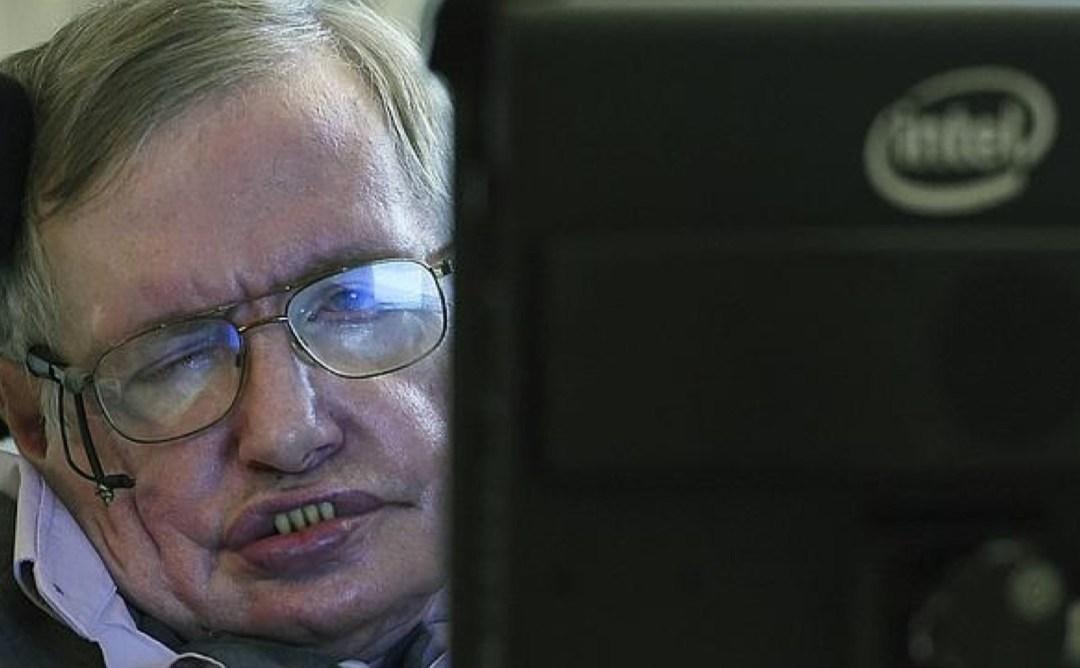 Stephen Hawking: «La inteligencia artificial podría suponer el fin de la humanidad»
